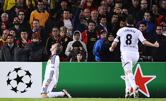 Chelsea's Fernando Torres (left) celebrates after scoring the winner against Barcelona on Tuesday
