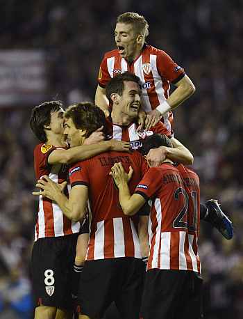 Athletico Bilbao players celebrate after winning the game
