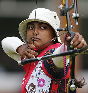 Deepika Kumari of India aims during the women's individual round of 32 eliminations at the Lord's Cricket Ground during the London 2012 Olympic Games on Wednesday