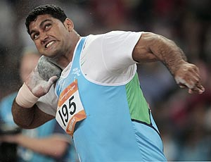 Om Prakash shot put