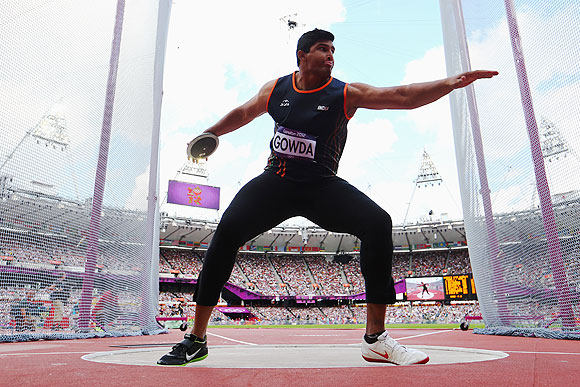 Vikas Gowda in action in the qualification round