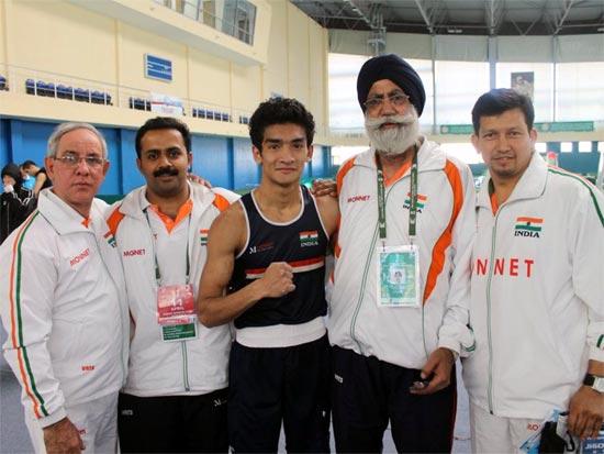 (Left to right): Blas Fernandez, Hari Shankar Varma, Shiva Thapa, Gurbax Singh Sandhu, Jaidev Bisht