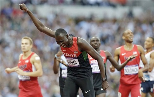 Kenya's David Lekuta Rudisha celebrates winning the men's 800-meter