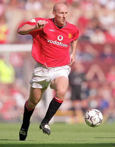 Jaap Stam of Manchester United on the ball during the FA Carling Premiership match against Newcastle United