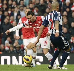 fec17979e Santi Cazorla became the latest player embroiled in a diving row when the  Spaniard s tumble earned Arsenal the first of their two penalties in a 2-0  Premier ...