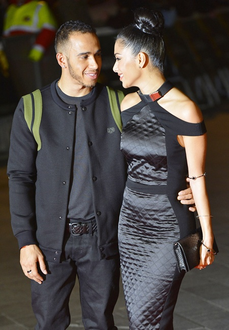 US singer Nicole Scherzinger (right) and British Formula One racing driver Lewis Hamilton