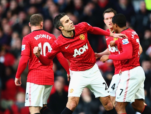 Robin van Persie of Manchester United celebrates