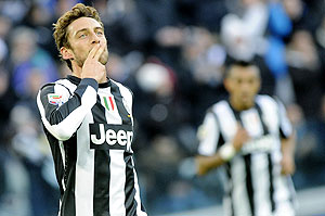 Juventus's Claudio Marchisio celebrates after scoring against Atalanta during their Serie A match on Sunday