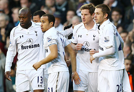 Tottenham Hotspur players celebrate