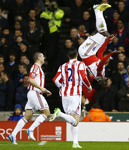 Stoke City's Kenwyne Jones (right) celebrates after scoring