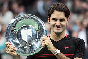 Roger Federer with Rotterdam title