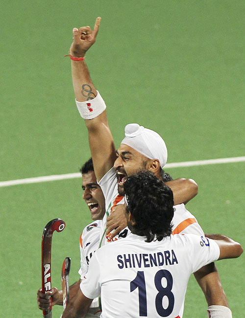 Sandeep powers India to London Olympics men's hockey