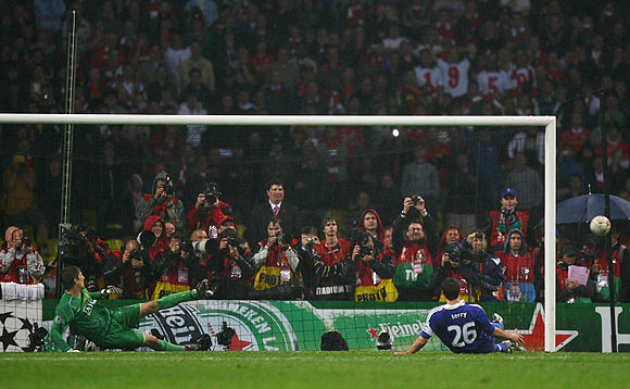 John Terry misses a penalty during the UEFA Champions League Final match against Manchester United
