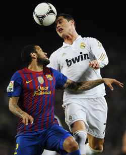 Dani Alves with Ronaldo