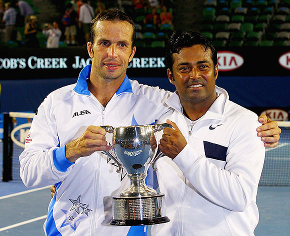 Leander Paes completes career Grand Slam. Congratulate him!