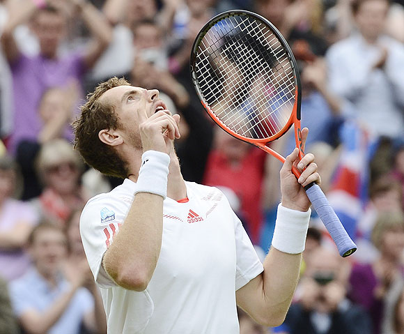 Andy Murray celebrates after defeating David Ferrer on Wednesday