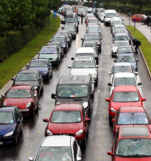 Large traffic jam forms outside the Silverstone circuit