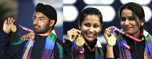 Vijay Kumar (left) and Heena Sidhu and Annu Raj Singh