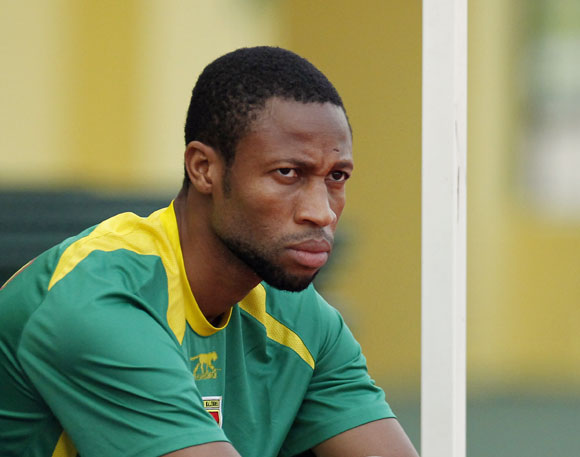 Mali's Seydou Keita sits on the bench before a training session in Gabon's capital Libreville