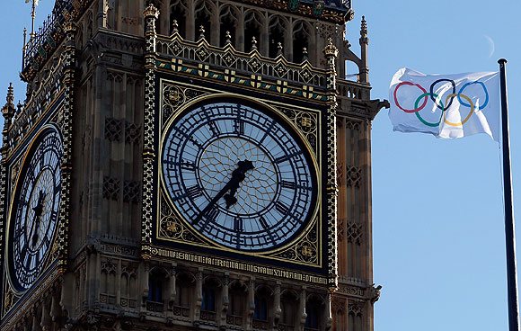 PHOTOS: Around London, three days to go for the Games