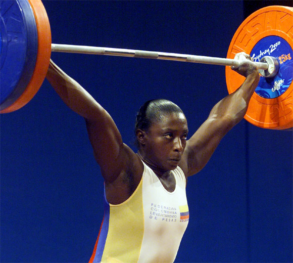 Maria Isabel Urrutia lifts 110kg in the snatch during women's 75kg weightlifting at the Olympic Games in Sydney