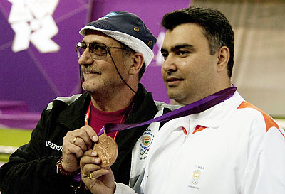 Gagan Narang with his coach
