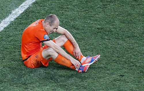 Netherlands' Arjen Robben reacts after losing their Group B Euro 2012 soccer match against Denmark at the Metalist stadium in Kharkiv