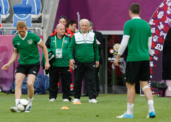 Ireland's head coach Giovanni Trapattoni (C) attends an official training session in Poznan