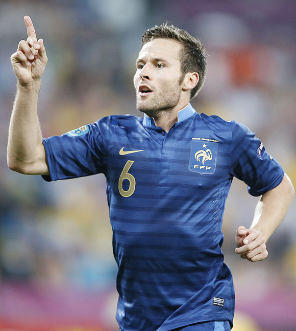 France's Yohan Cabaye celebrates after against Ukraine
