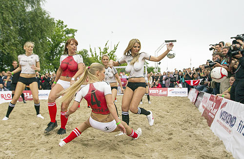 PHOTOS: Sexy Soccer Game in Berlin