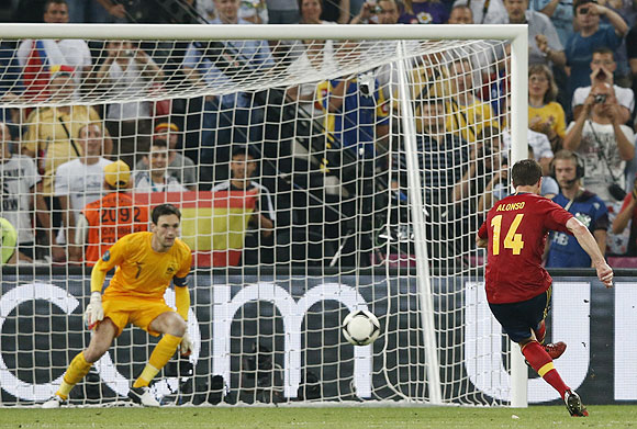 Spain's Xabi Alonso converts a penalty against France