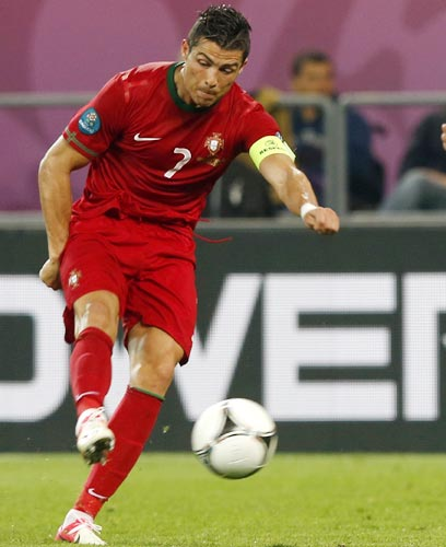Familiar foe Ronaldo awaiting Spain in last four