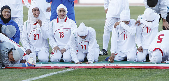 United Nations urge FIFA to allow women to wear hijab