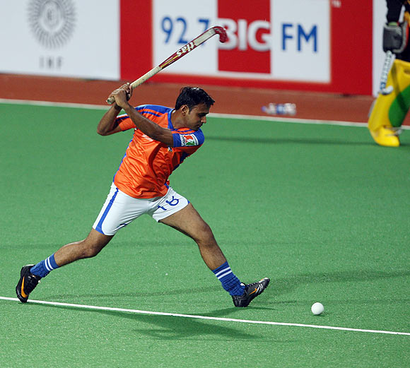 Devinder Walmiki adjudged man of the match