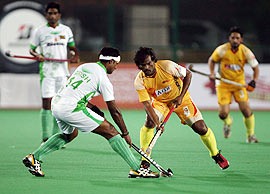Dhanraj Pillay with Girish Pimpale