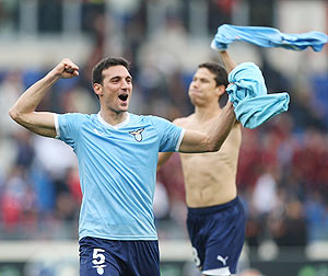 Lazio's Lionel Scaloni celebrates after defeatin AS ROma in their Serie A match at Stadio Olimpico on Sunday