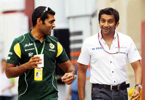 India's Narain Karthikeyan (right) with compatriot Karun Chandhok