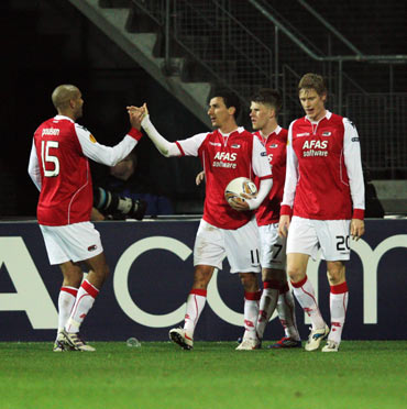 Maarten Martens of AZ celebrates scoring his team's second goal