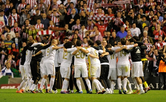 Real Madrid CF players celebrate after beating Athletic Club 3-0