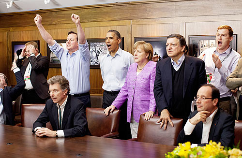 rime Minister David Cameron of the United Kingdom, US President Barack Obama, Chancellor Angela Merkel of Germany, Jose Manuel Barroso, President of the European Commission, French President Francois Hollande (seated right) and others watch the overtime shootout of the Chelsea v Bayern Munich Champions League final