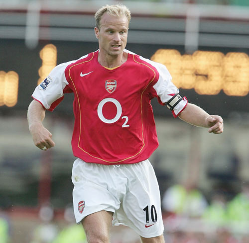 Dennis Bergkamp of Arsenal during the Barclays Premiership match between Arsenal and Middlesbrough at Highbury on August 22, 2004 in London