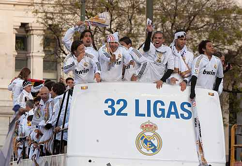 Real Madrid players celebrate after winning La Liga
