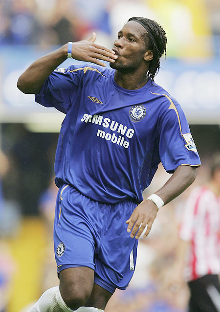 Didier Drogba of Chelsea blows kisses to the crowd after scoring his team's second goal during the Barclays Premiership match between Chelsea and Sunderland in Sept 2005