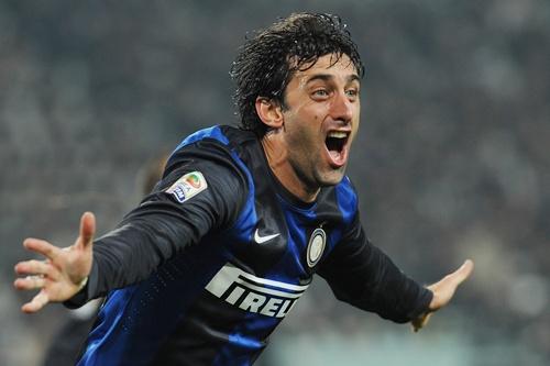 Diego Milito of FC Internazionale Milano celebrates