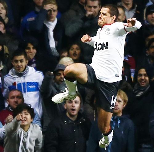 Manchester United's Javier Hernandez celebrates
