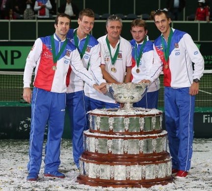 The Czechs with the Davis Cup