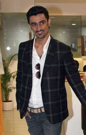 Kunal Kapoor