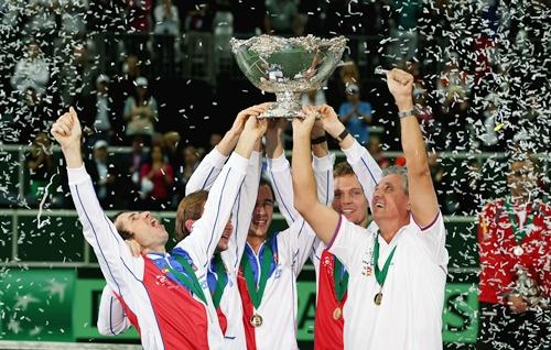 Ivo Minar,Lukas Rosol,Radek Stepanek,Tomas Berdych and captain Jaroslav Navratil