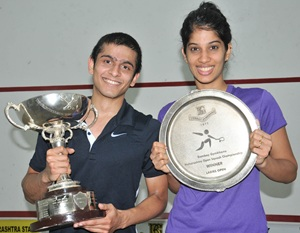 Saurav Ghosal and Joshana Chinappa with their trophies