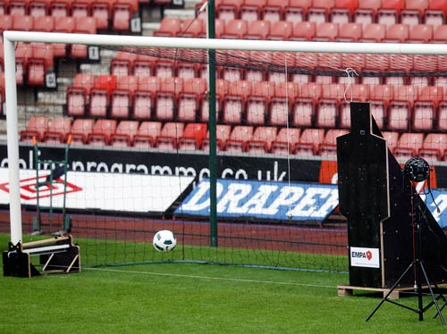 Goal-line technology to debut at the Club World Cup